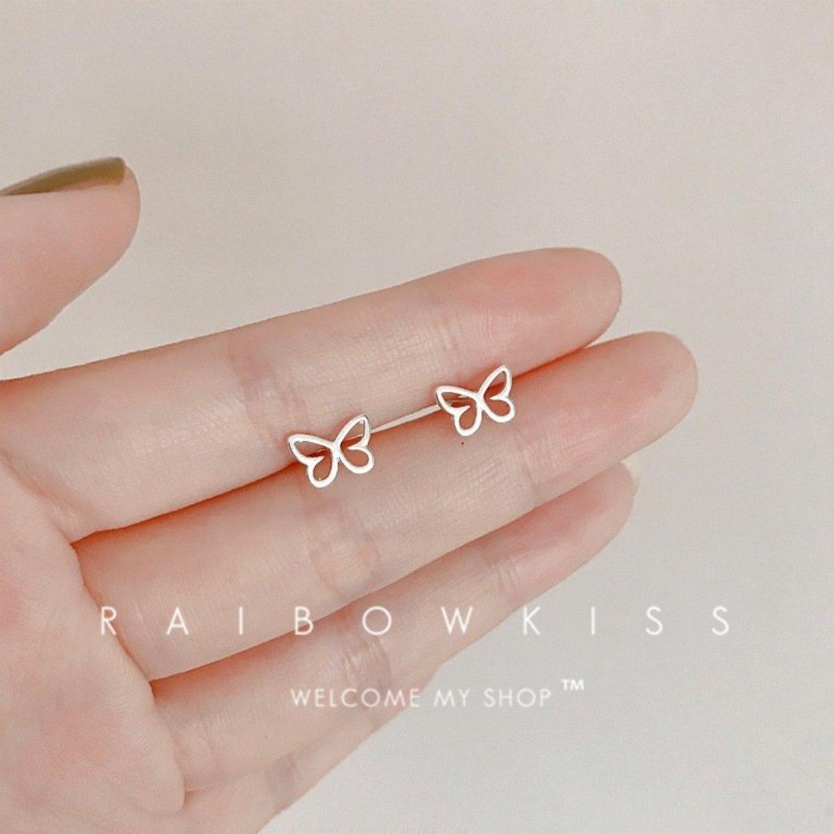 S925純銀日韓簡約防過敏耳釘耳環(鏤空蝴蝶)