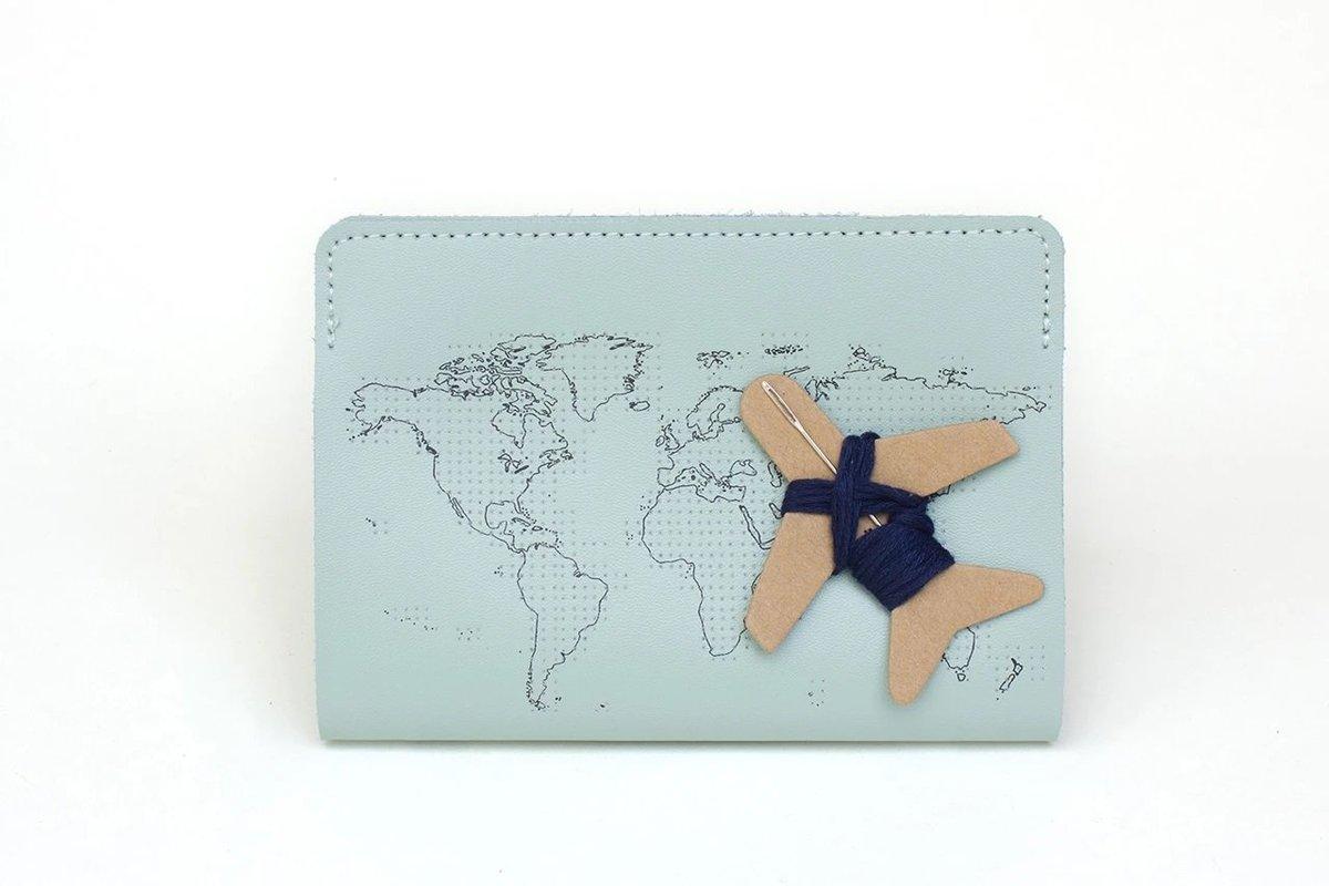 STITCH PASSPORT COVER (MINT)