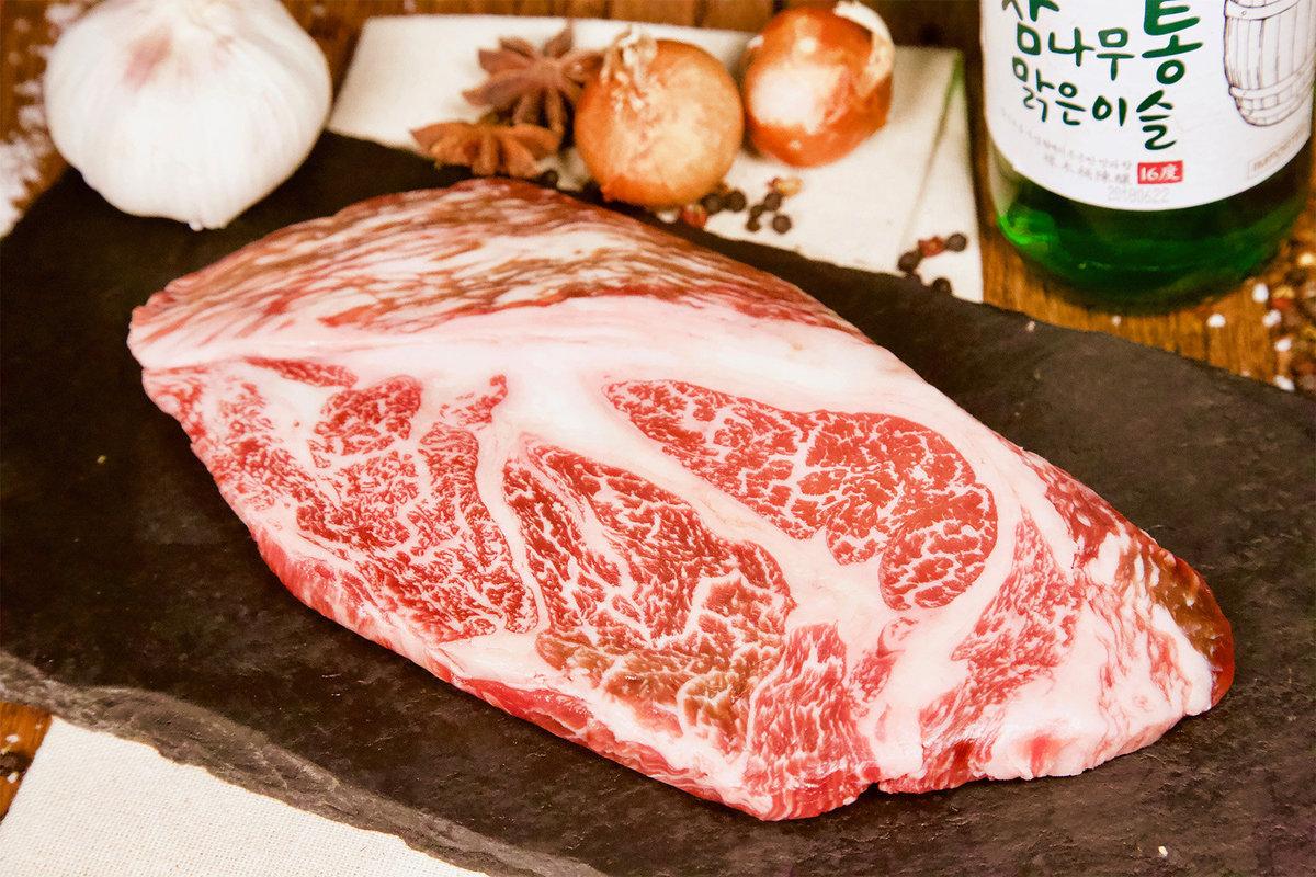 Korea Hanwoo Rib Eye Steak