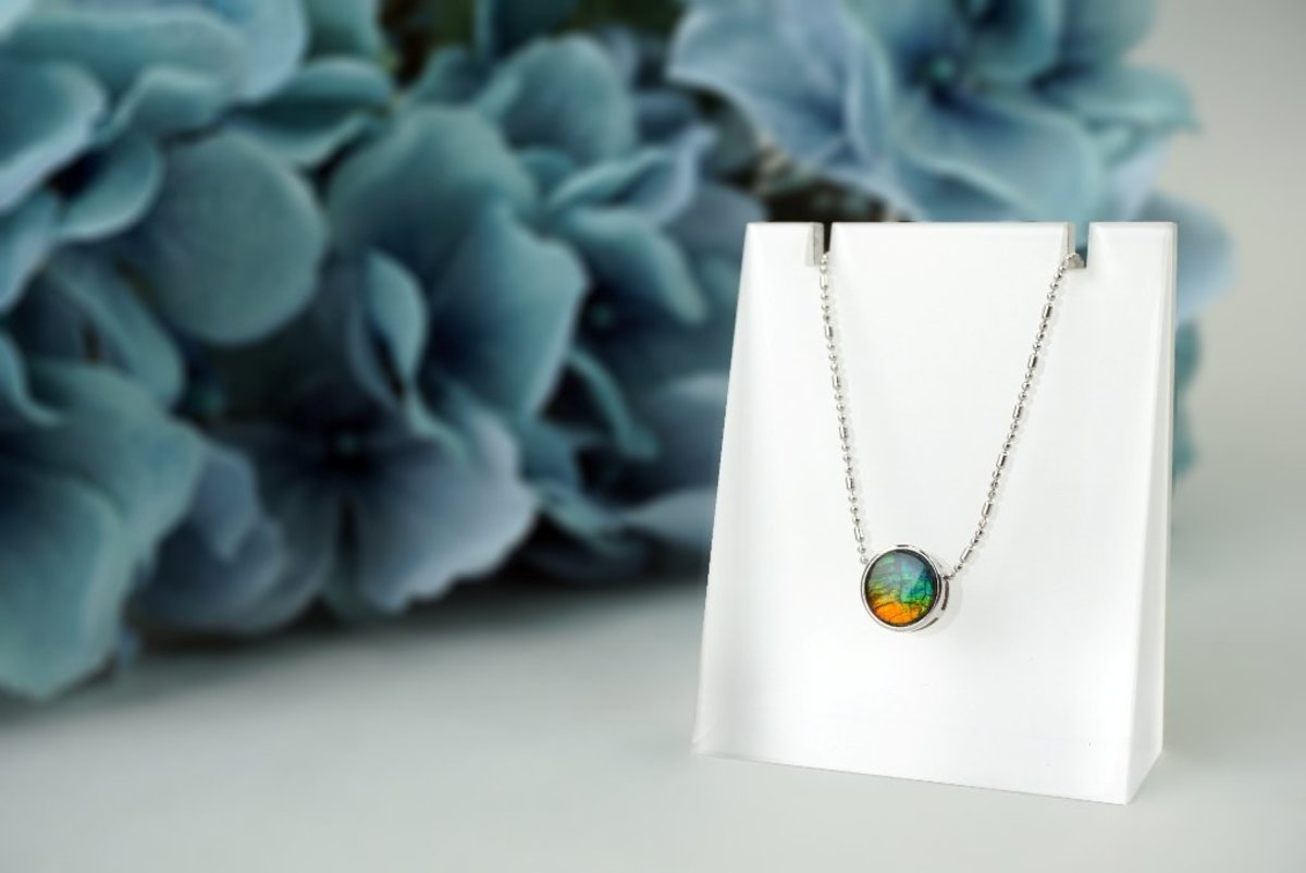 """8mm Canadian Ammolite Triplet 925 Silver Pendant with 16"""" 925 Silver Necklace"""