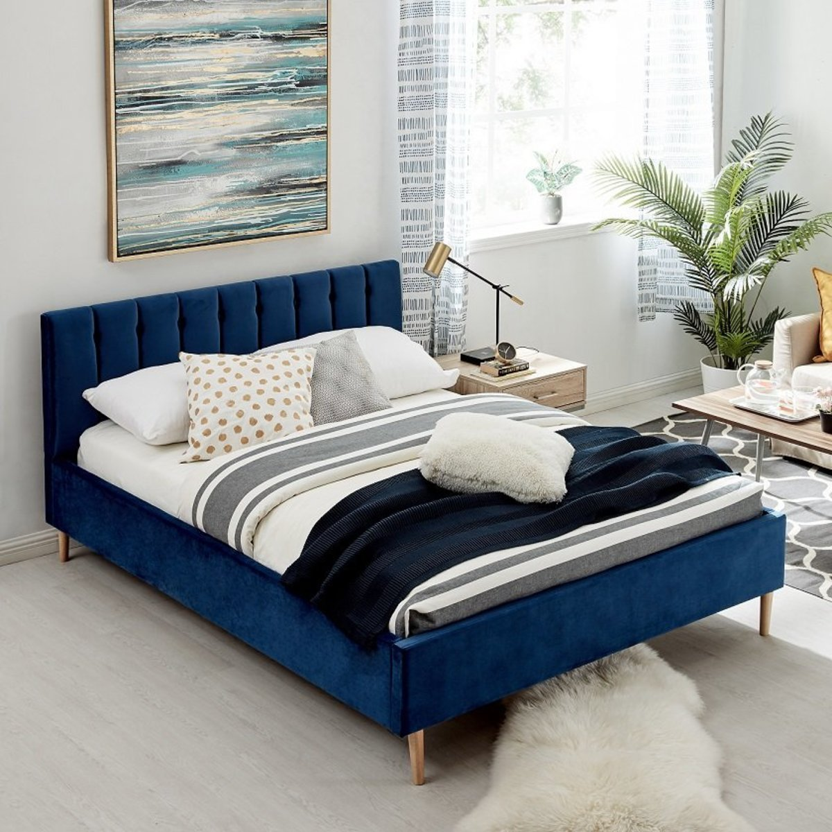 1.5M*1.9M BED IN NAVY BLUE COLOR WITH VELVET FABRIC