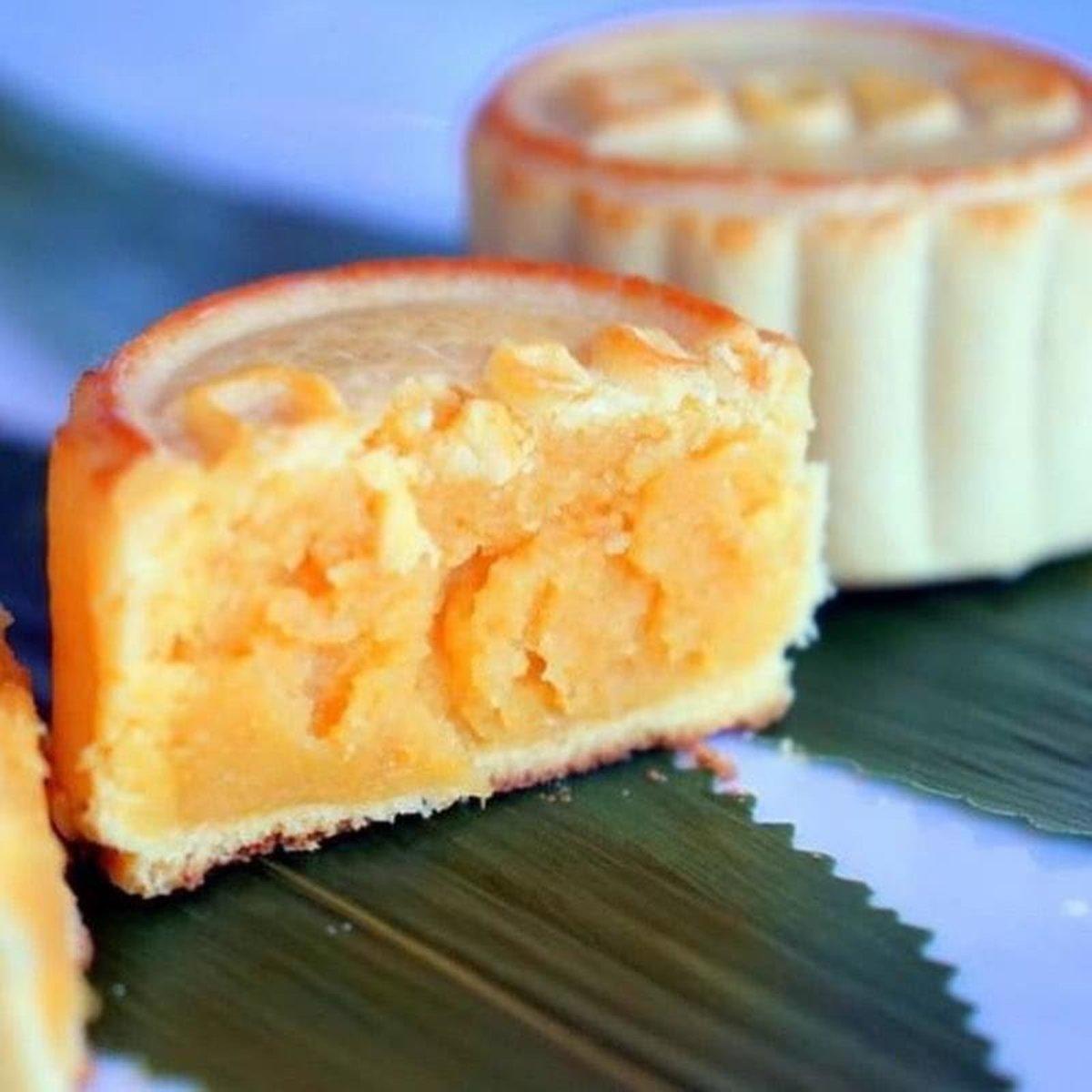 1 Box - Mini Custard Mooncake (6 pcs)【Self Pick-up Only】