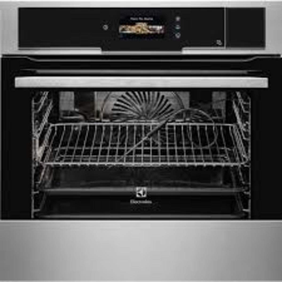 EOB9956XAX 73Litres Built-in Combination Steam Oven (2-year Elecrolux Warranty)