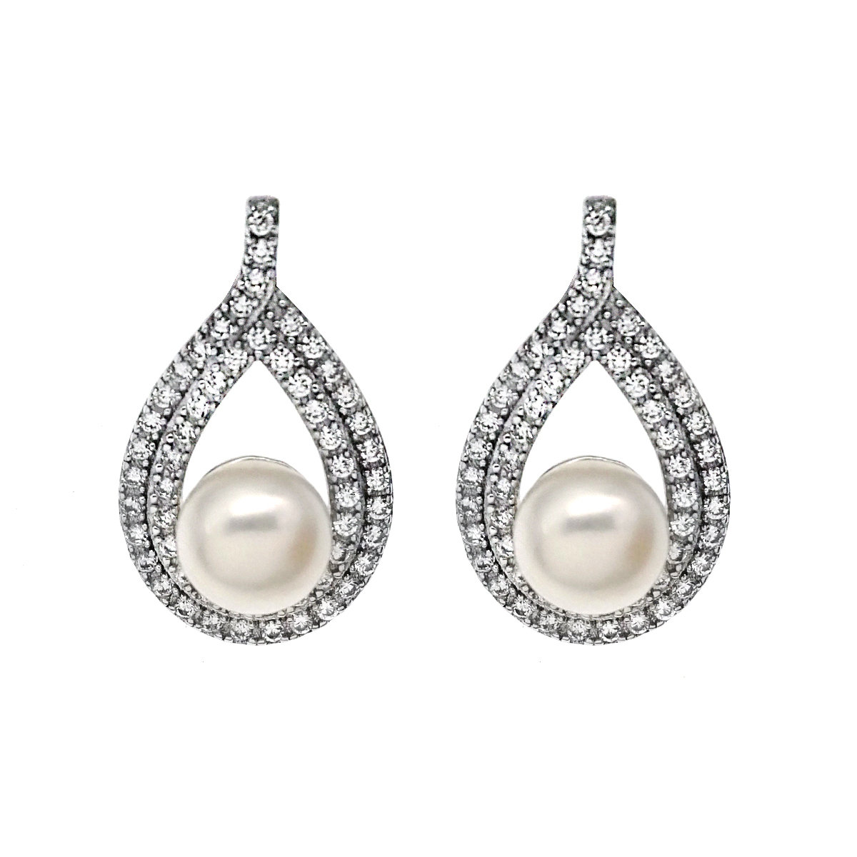 Moment- 925 Silver with Cultured fresh water pearl Earring