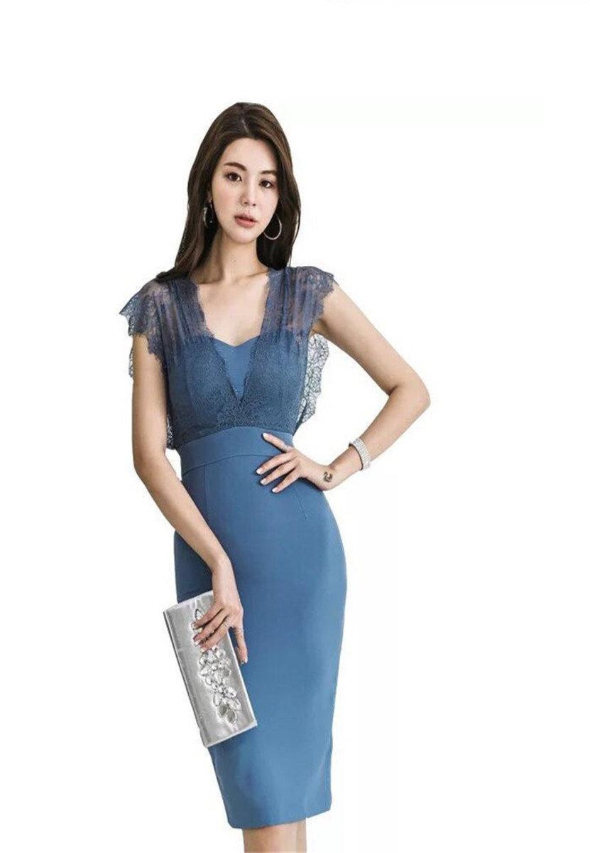 新款氣質V領蕾絲修身連身裙