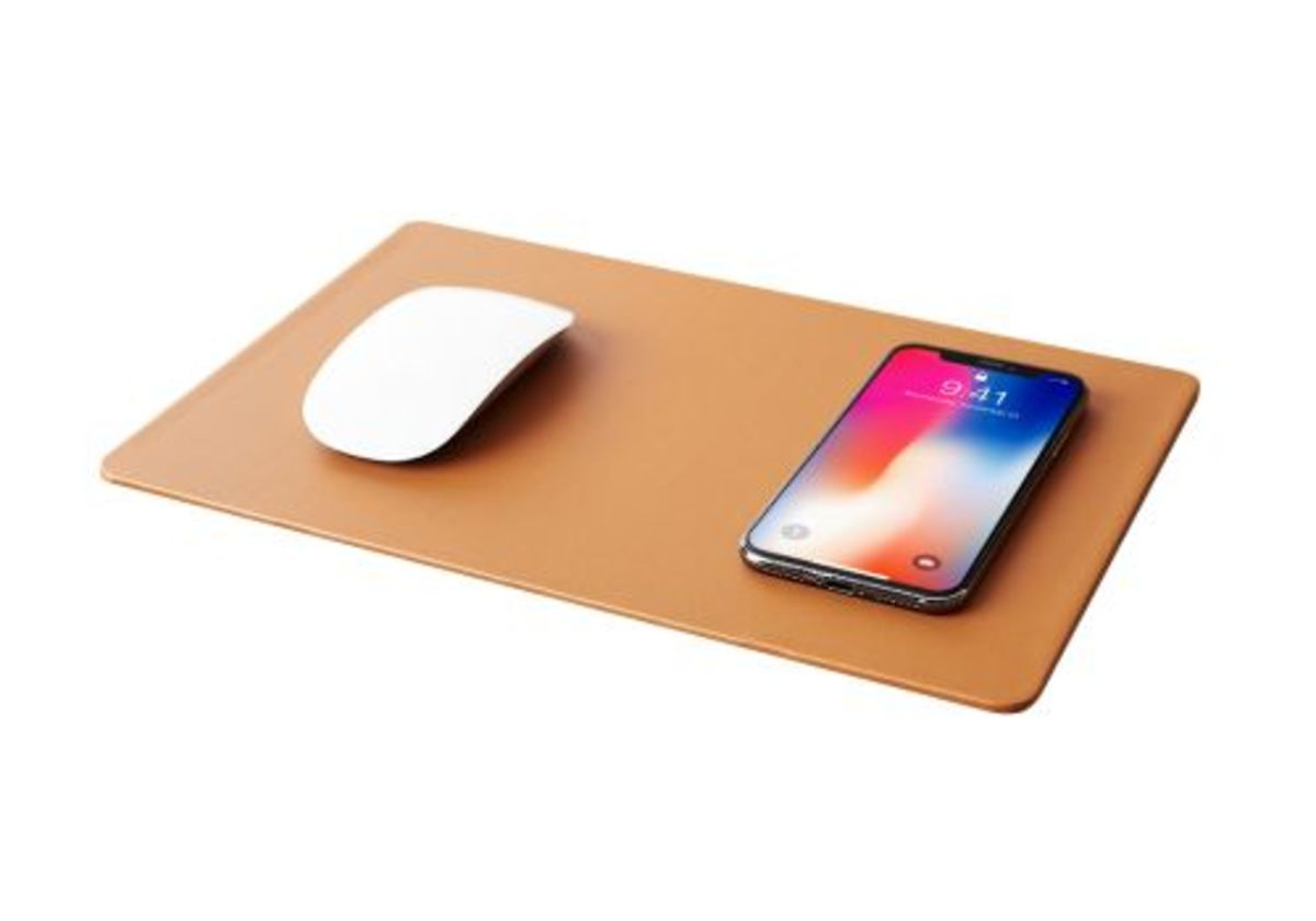 Pout Hands 3 Wireless Charging Mouse Pad Brown (行貨)